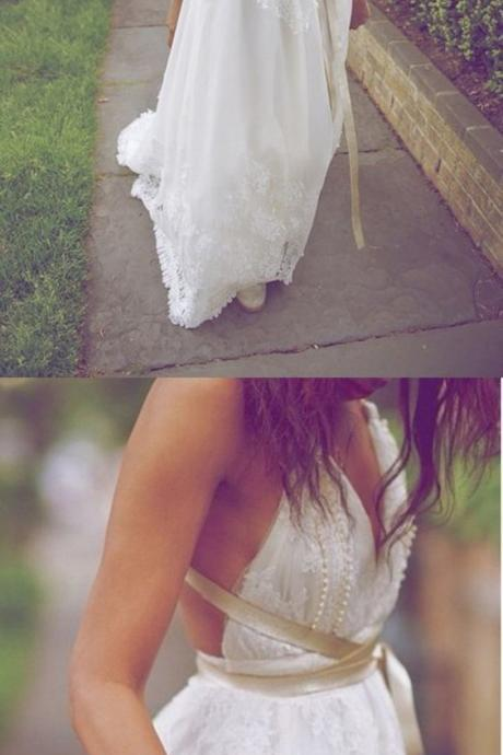 Sexy V-Neck Backless Lace Wedding Dress,Floor Length Wedding Dress with Sash,Lace Sleeveless Backless Wedding Gown