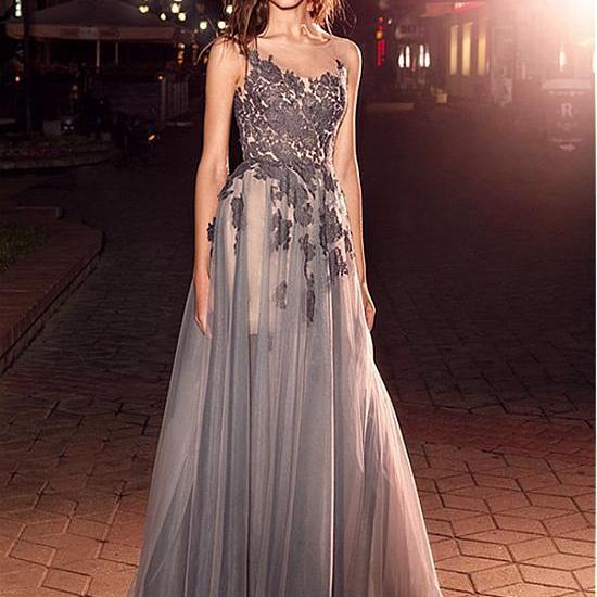 Shinning Tulle Neckline A-Line Evening Dresses With Lace Appliques Long Party Dresses